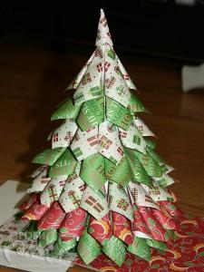 Объёмная елка из салфеток